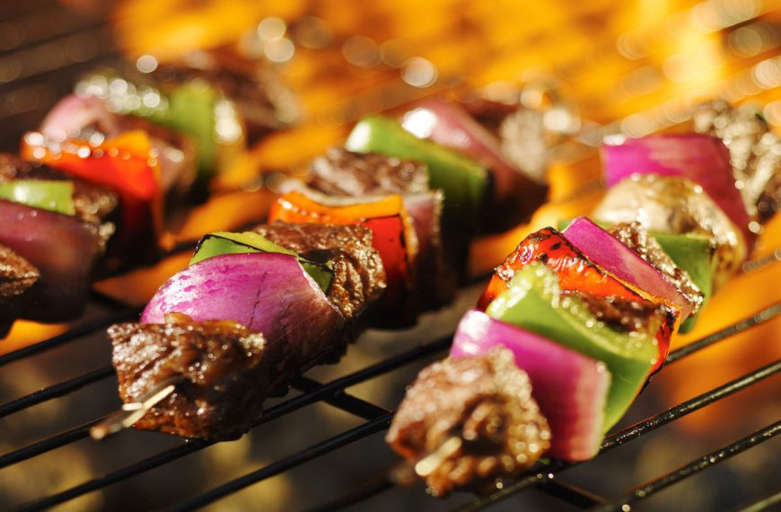 Barbecue charbon : comment choisir le meilleur barbecue traditionnel ?