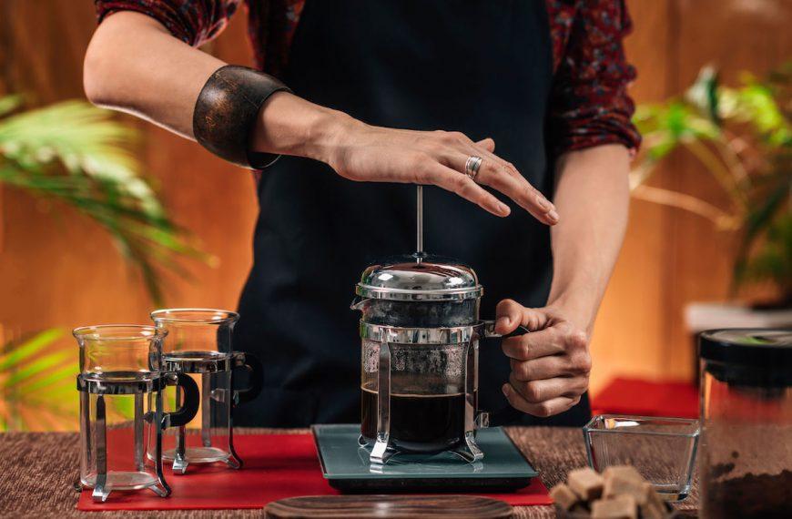 Cafetière à piston : comment choisir la meilleure cafetière manuelle ?