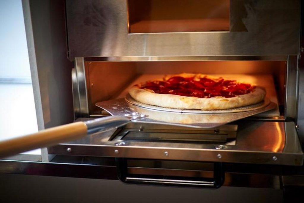 choisir four a pizza